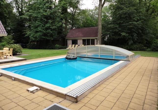 vakantievilla met zwembad oldebroek