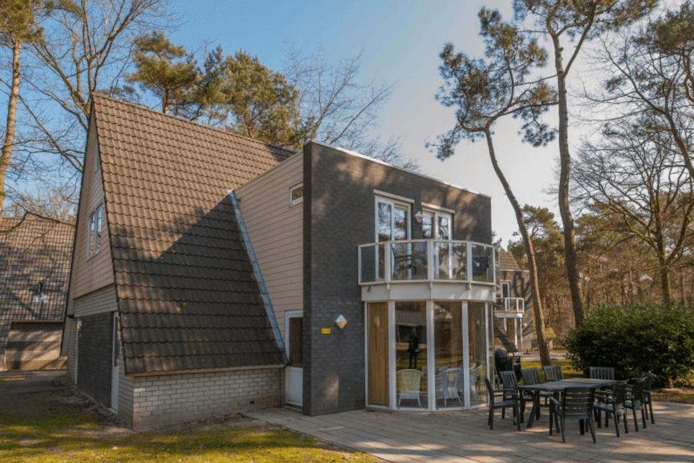 Vrijstaande bungalow voor 18 personen